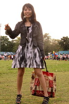 forward for lady jacket - jenny 2 dress - model shoes - Evita glasses