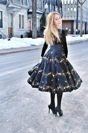 black vintage skirt - black BCBG top - black Bebe heels