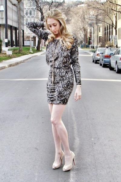 black TART Collections dress - beige Christian Louboutin heels