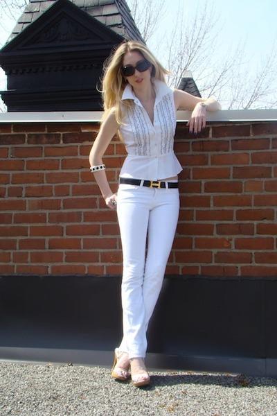 White J Brand Jeans, Black Chanel Sunglasses, Black Hermes Belts ...