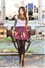 Purple-issarocks-skirt-white-target-t-shirt-green-issarocks-necklace-black