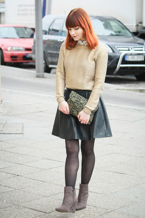 Zara boots - gold metallic H&M sweater - Abathie bag - faux leather Review skirt