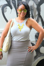 Yellow-bubble-j-crew-necklace-heather-gray-beirn-bag-gold-icing-sunglasses