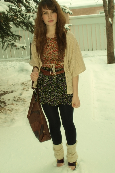 lux uo vest - thrifted shirt - Forever21 skirt - Joe Fresh shoes - Value Village