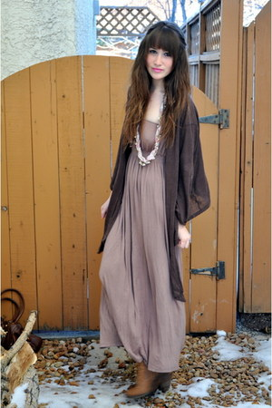 light pink thrifted dress - pink Forever 21 necklace - brown moms closet sweater