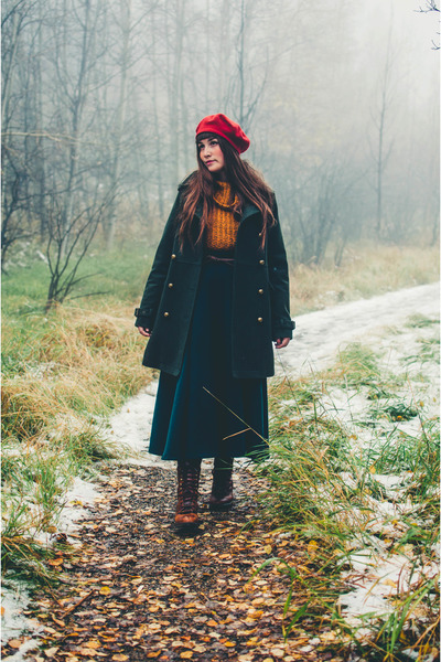 forest green pea coat American Eagle coat - tawny free people sweater