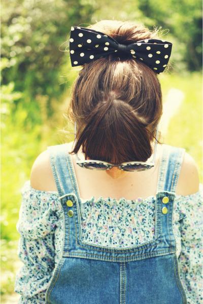 light blue blouse vintage blouse - black Choies sunglasses - Choies bodysuit