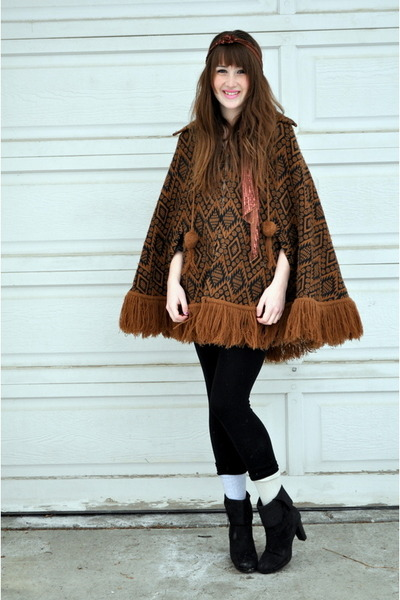 dark brown value villagevintage jacket - black value villagevintage boots