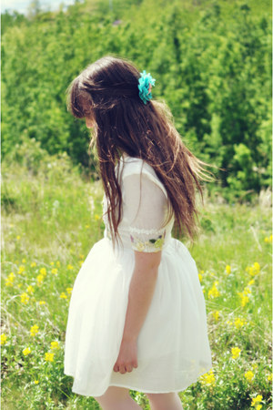 white Sheinside dress - aquamarine OASAP hair accessory