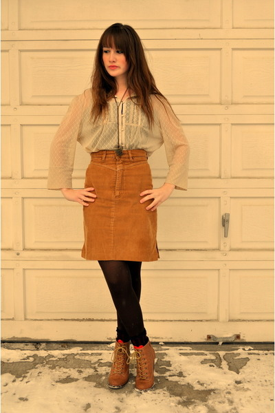 camel japanese thrifted blouse - brown thrifted vintage skirt - camel the bay bo