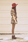 Heather-gray-ardenes-socks-green-floral-dress-mama-stone-vintage-dress