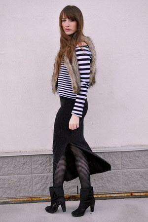 black stripes H&M top - black maxi skirt Forever 21 skirt - light brown blue not