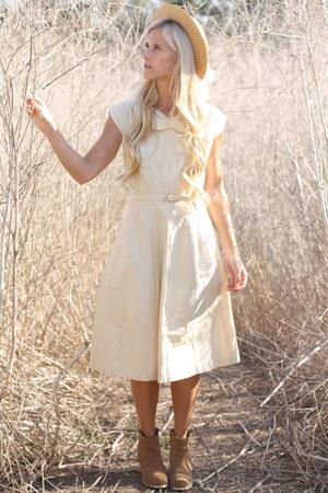 vintage from Ebay dress - Steve Madden boots - vintage hat
