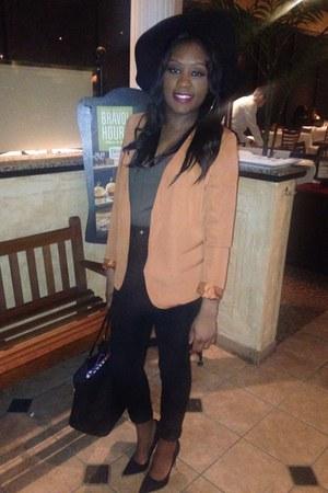 black H&M jeans - black hat - bronze Forever 21 blazer