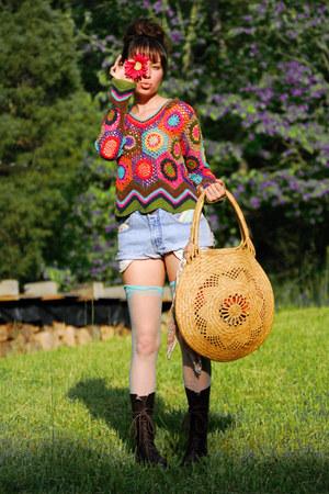 combat farylrobin boots - crochet vintage sweater - xxl straw vintage bag - vint