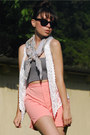 Paisley-vintage-scarf-high-rise-vintage-shorts-crochet-vintage-vest