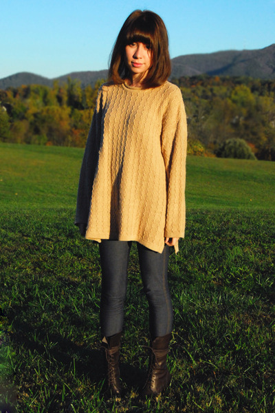 beige vintage sweater - blue Gap jeans - brown farylrobin boots