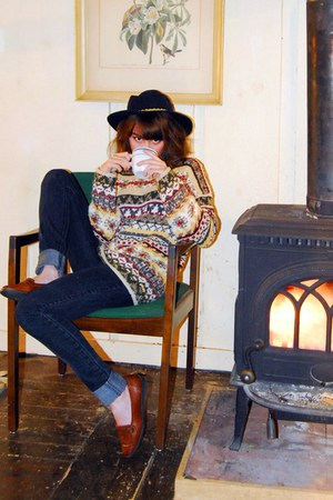 dark khaki vintage sweater - black Gap jeans - brown vintage shoes - navy vintag