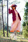 Light-pink-vintage-60s-dress-maroon-vintage-blazer-heather-gray-target-socks