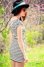Black-striped-asos-dress-dark-gray-cowboy-vintage-hat-sky-blue-elephant-prin