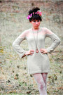 Beige-sheer-shoulder-romwecom-dress-white-floral-tights-gold-romwecom-betsey