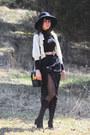 Black-grid-farylrobin-shoes-black-mock-knee-high-romwecom-tights-black-golde