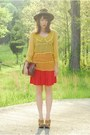 Yellow-sheer-romwe-blouse-red-pleated-vintage-skirt