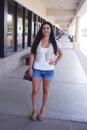 beige Forever 21 sweater - white Forever 21 top - blue hollister shorts - beige