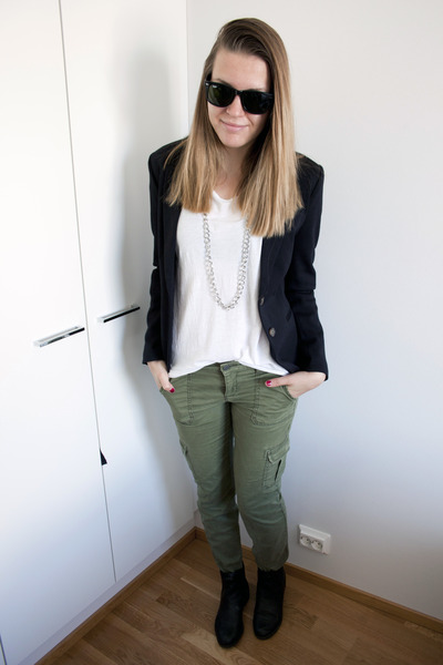 "Forest Green Aeropostale Pants, Black H&M Blazers | ""Cargo pants ..."