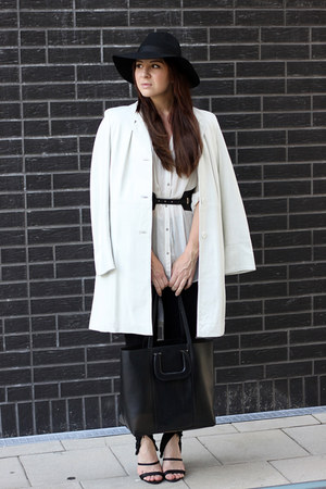 black Topshop hat - white vintage coat - black H&M leggings