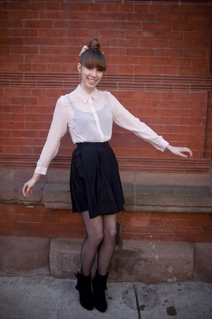 neutral sheer pearl I love 81 blouse - black bow accented Mossimo boots