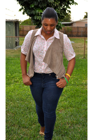 blue denim leggings Gap jeans - white floral print Jcpenny shirt - brown velvet