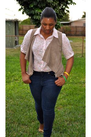 blue denim leggings Gap jeans - white floral print Jcpenny shirt - brown velvet