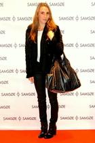 black Friis & Company purse - white COS t-shirt - black Munderingskompagniet blo