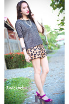 silver Forever 21 sweater - light brown shorts - purple heels