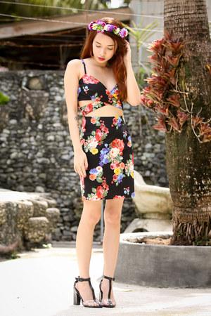black inlovewithfashion dress - OASAP sandals