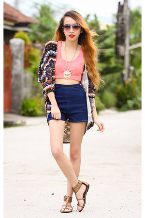 gold medallion libebi necklace - navy vintage denim 6ks shorts