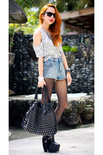 light blue studded Topshop shorts - heather gray Topshop top