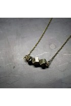 Gold-wildcatters-necklace