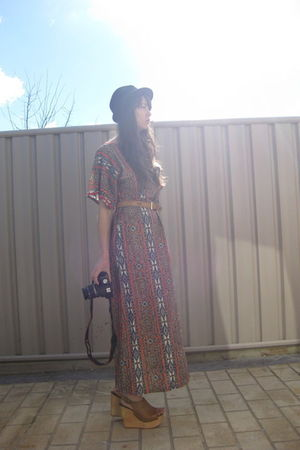 vintage dress - beige Jeffrey Campbell shoes - gold vintage belt - black Sportsg