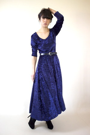 deep purple velvet wild hearts vintage dress