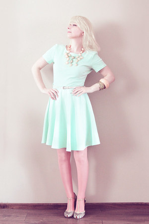 aquamarine H&M dress - salmon Calzedonia tights - light pink necklace