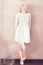 white lace Topshop dress - white headband accessories - neutral heels