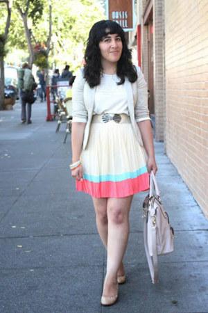 beige cropped H&M blazer - beige satchel JustFab purse