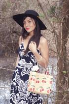 vintage 1970s dress - floppy hat black hat - vintage bag