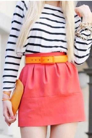 orange plastic Winky Designs belt