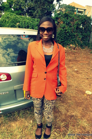 carrot orange retro blazer - animal print leggings - black cross-body bag
