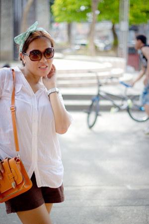 white Bayo blouse