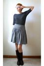 Dark-brown-etsy-vintage-boots-mustard-beret-vintage-hat-black-tj-maxx-top
