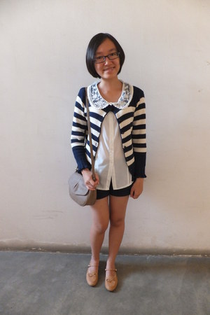 navy cardigan - ivory shirt - bag - shorts - flats